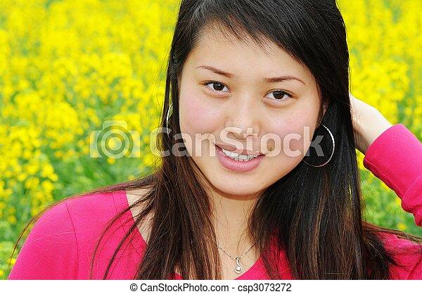 Pretty Girl In Rape Flowers Csp3073272