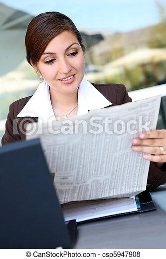 Pretty Hispanic Business Woman - csp5947908