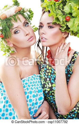 Pretty young women posing - csp11007792