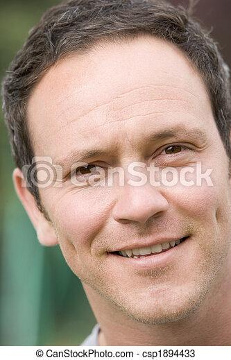 prise vue tête, homme souriant - csp1894433