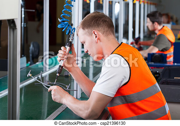 Production workers - csp21396130