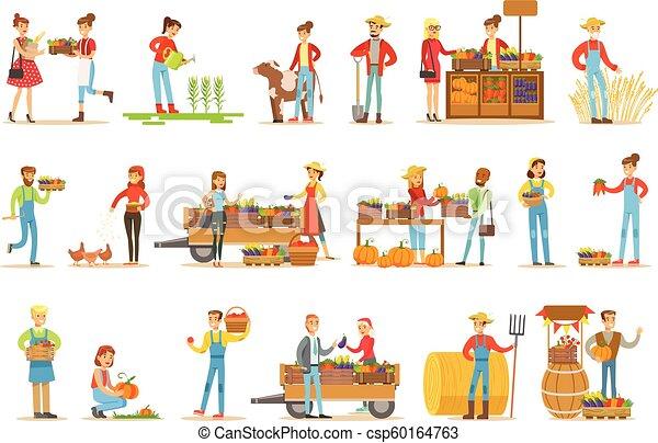 Granjeros hombres y mujeres trabajando en la granja y vendiendo vegetales frescos en el mercado natural de productos orgánicos - csp60164763