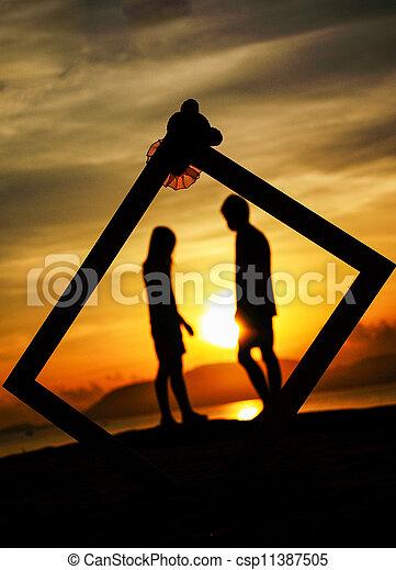 Profiles of romantic couple - csp11387505