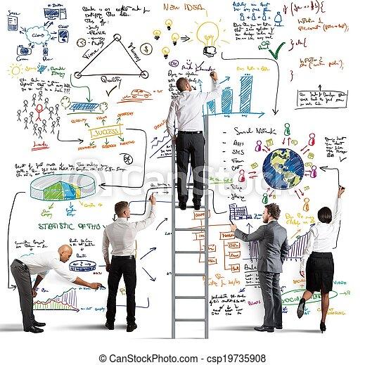 Business-Team zeichnet ein neues Projekt - csp19735908