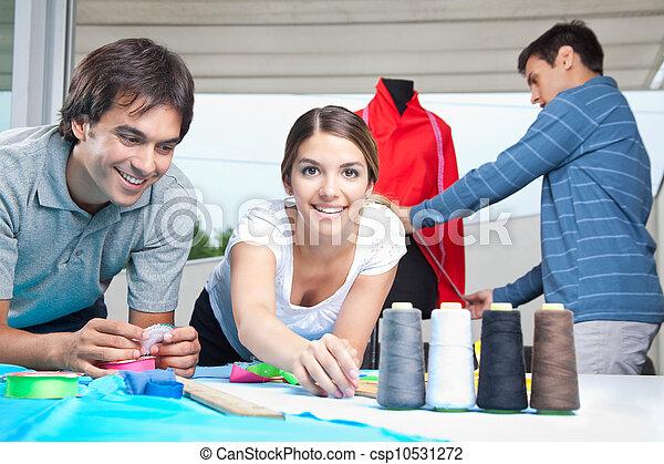 projektanci, fason, pracujący razem - csp10531272
