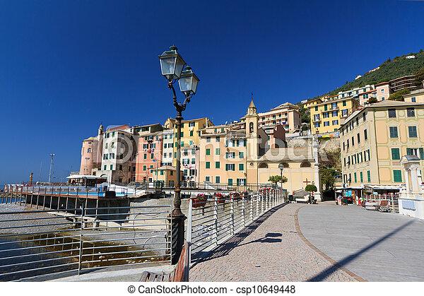 promenade in Sori, Italy - csp10649448