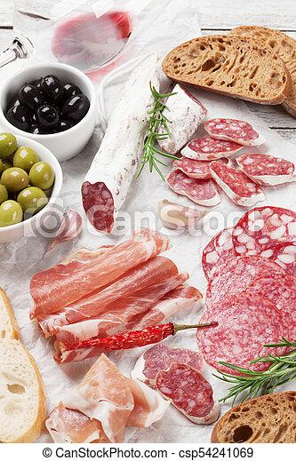 prosciutto, sausage, schinkenkate, salami, wein - csp54241069