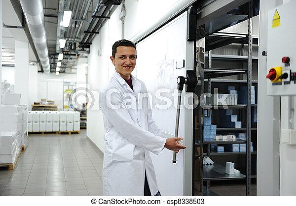 przemysłowy, nowoczesny, chłodnia - csp8338503