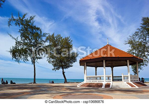 Public house pavilion near the lake - csp10686876