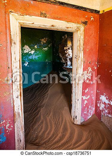 pueblo fantasma, abandonado, casa, kolmanskop, arena - csp18736751