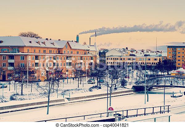 Vista de una pequeña ciudad sueca - csp40041821