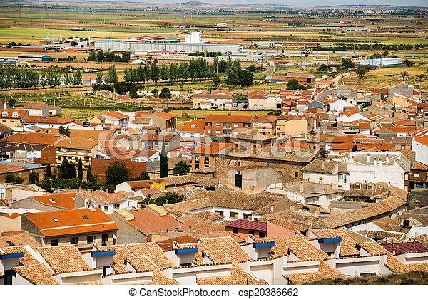 Vista de un pueblo pequeño - csp20386662