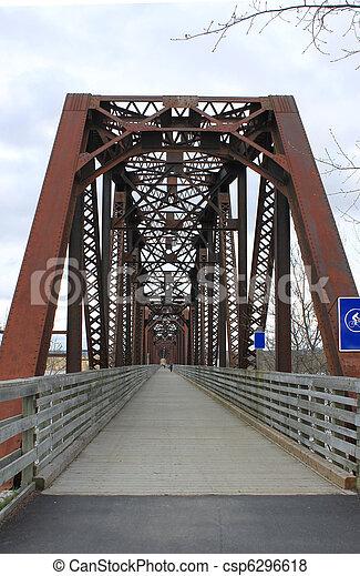 Caminando puente en Fredericton - csp6296618