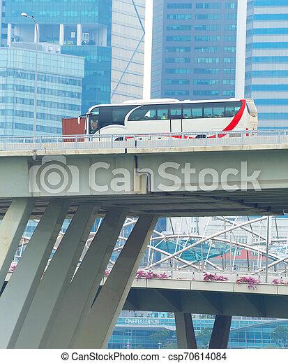 puente, autobús, paso superior, conducción, singapur - csp70614084