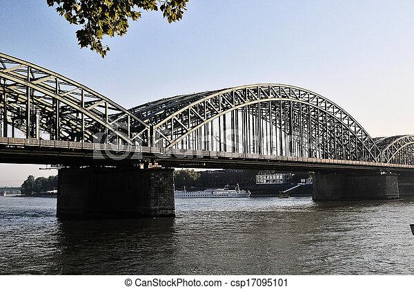 El puente de Brooklyn - csp17095101