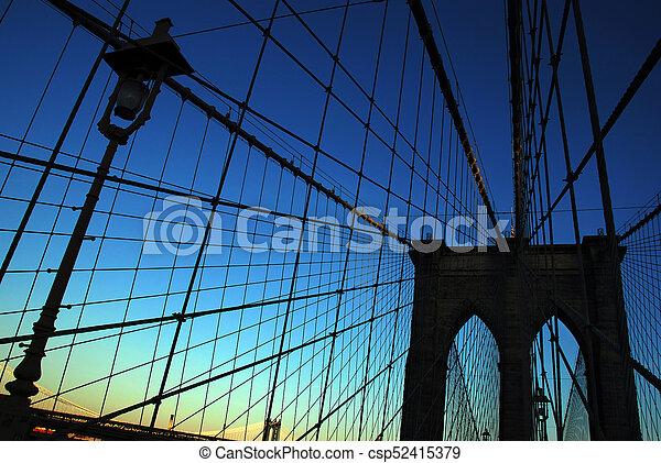 El puente de Brooklyn - csp52415379