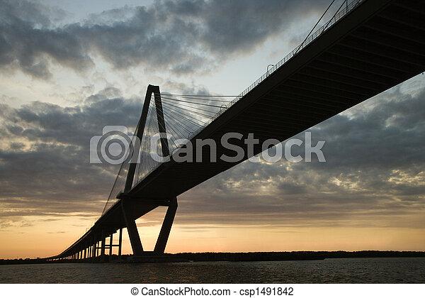 El puente del río Cooper en Charleston, Carolina del Sur. - csp1491842