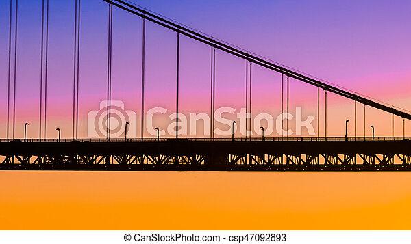 Puente Silhouette - csp47092893