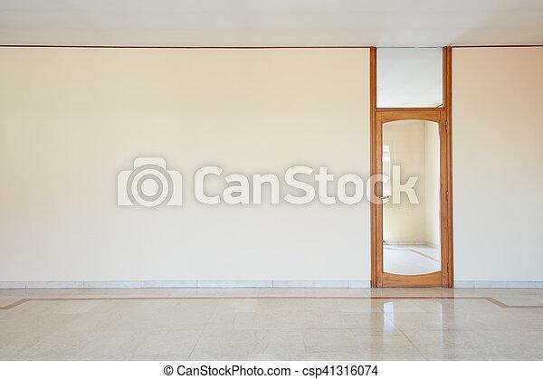 Habitación vacía con suelo de mármol y puerta de cristal - csp41316074