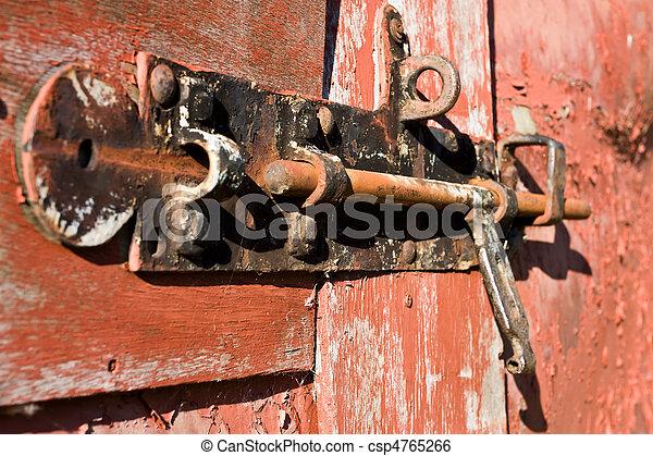 El cerrojo de la puerta - csp4765266
