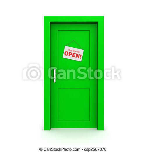 Puerta verde cerrada con signo de puerta - csp2567870