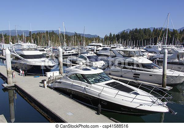 Barcos de Vancouver - csp41588516