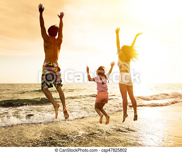 pular, praia, família, feliz - csp47825802