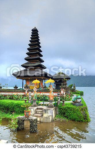 Pura Ulun Danu Bratan, Hindu temple on Bratan lake, Bali, Indonesia - csp43739215