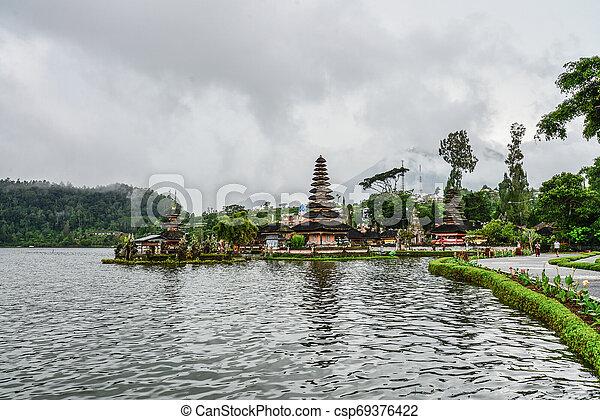 Pura Ulun Danu Bratan, Hindu temple - csp69376422