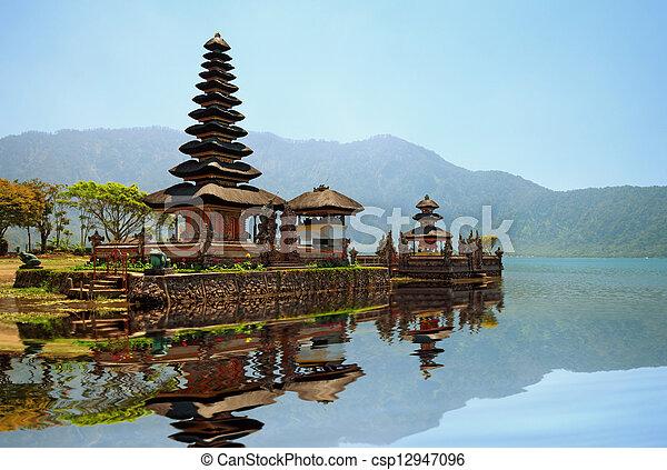 Pura Ulun Danu Bratan hindu temple - csp12947096