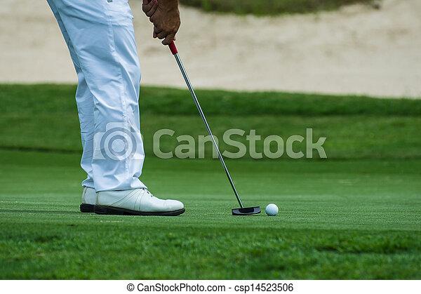 putting golf - csp14523506