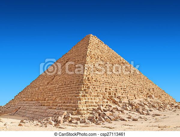 Pyramid, Giza - csp27113461