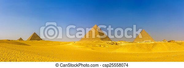pyramide, queens', pyramides, pyramides, menka, giza:, vue - csp25558074