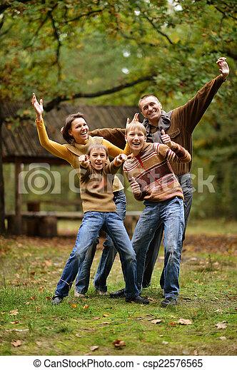 quatre, automne, famille - csp22576565