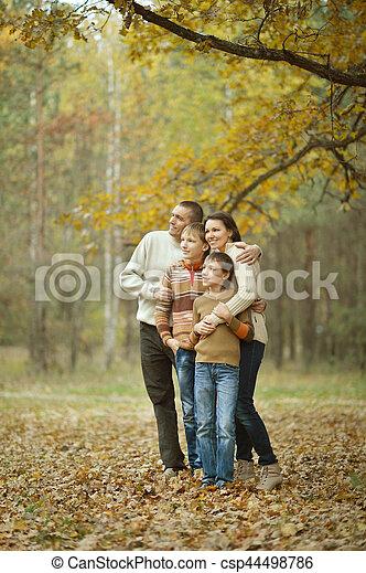 quatre, automne, famille - csp44498786
