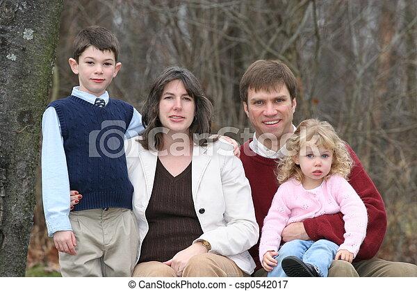 quatro, família, feliz - csp0542017