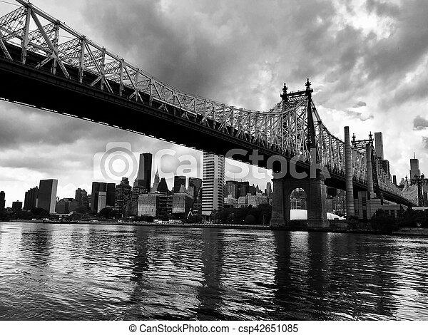 Queensboro bridge over the river, in black and white style - csp42651085
