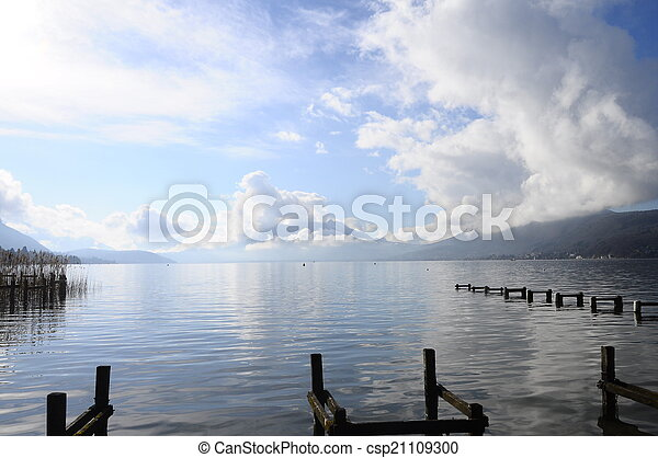 Quiet view of Annecy lake - csp21109300