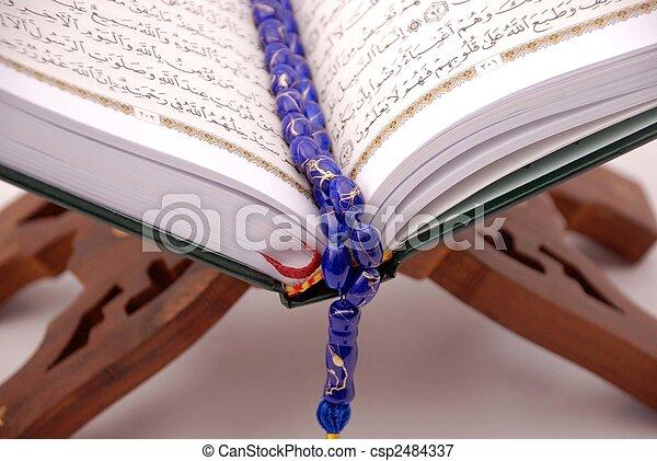 quran, święty - csp2484337