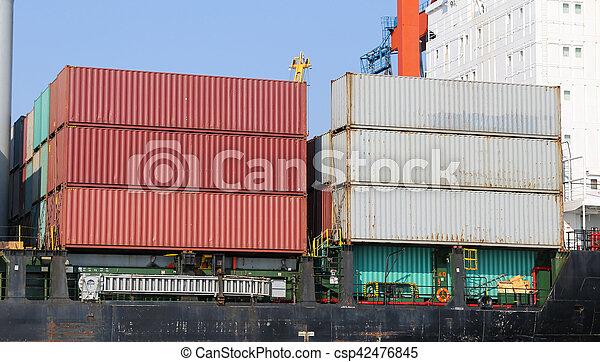 récipient bateau, port - csp42476845
