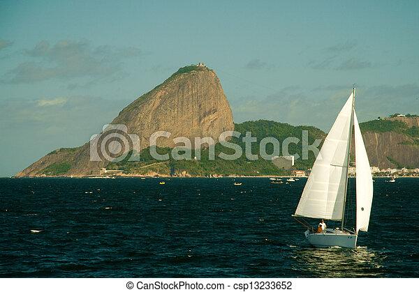 La montaña Sugarloaf en Río de Janeiro - csp13233652