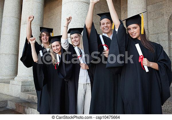 ręka, piątka, podniesiony, absolwenci, przedstawianie, szczęśliwy - csp10475664