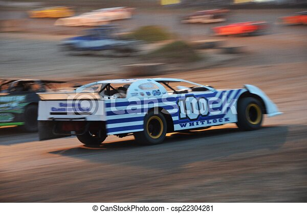 d560a1ff Sports, action, automobile, race car, dirt racing, circle track racing.