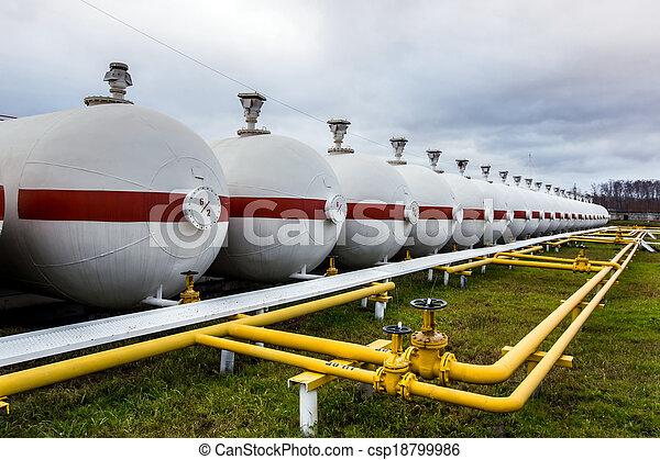 raffinerie, grand, huile, réservoirs - csp18799986