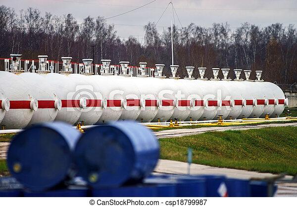 raffinerie, grand, huile, réservoirs - csp18799987