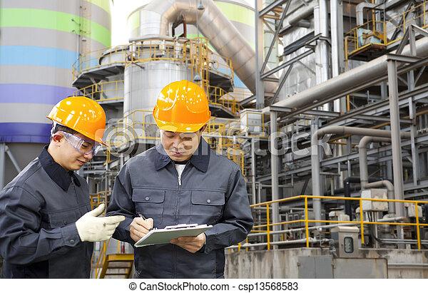 raffinerie, huile, ingénieur - csp13568583