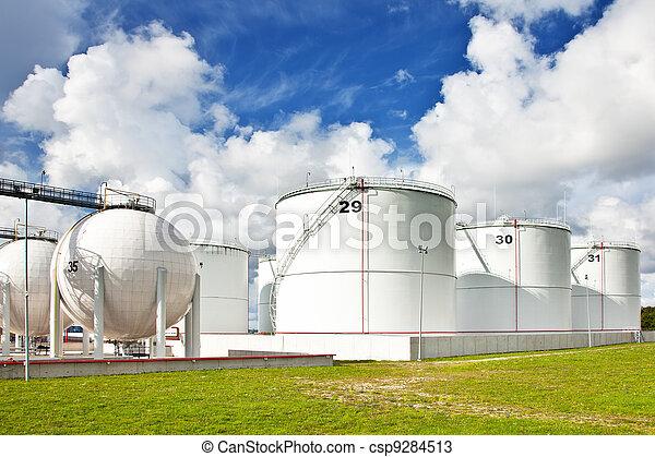 raffinerie, huile, réservoirs - csp9284513