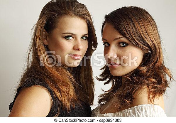 ebano lesbiche con strapon