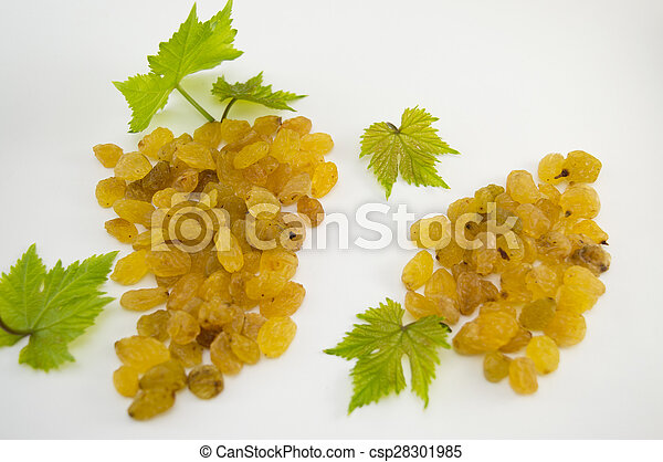Raisins forming a cluster on white background - csp28301985