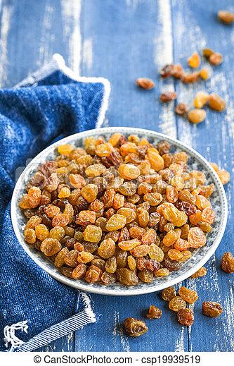 Raisins - csp19939519
